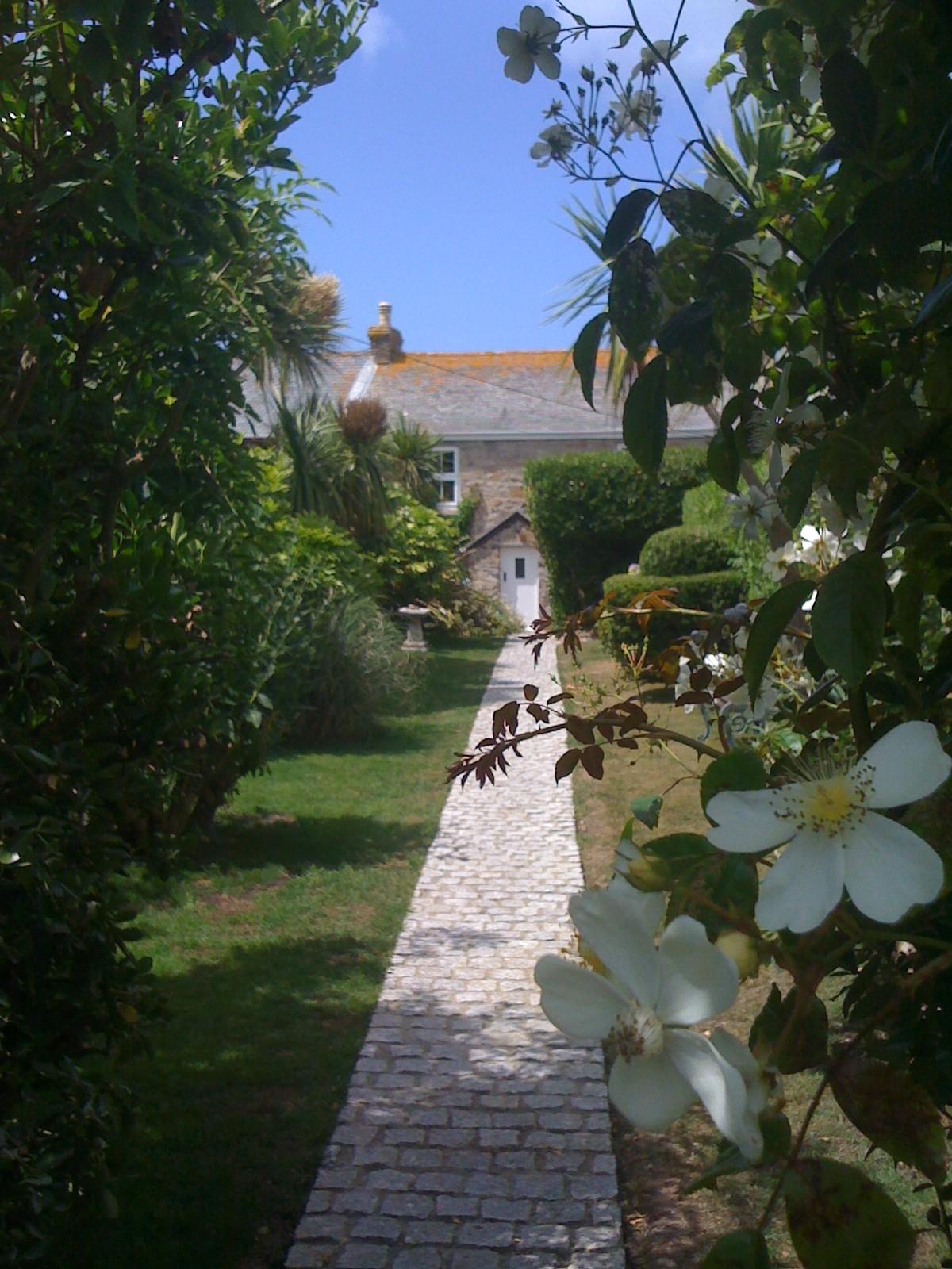 Secret Garden Cottage Cornwall Guide