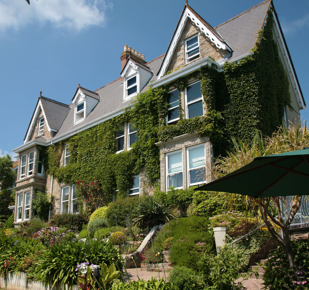 Best Site For Apartment Search: Cornwall Guide
