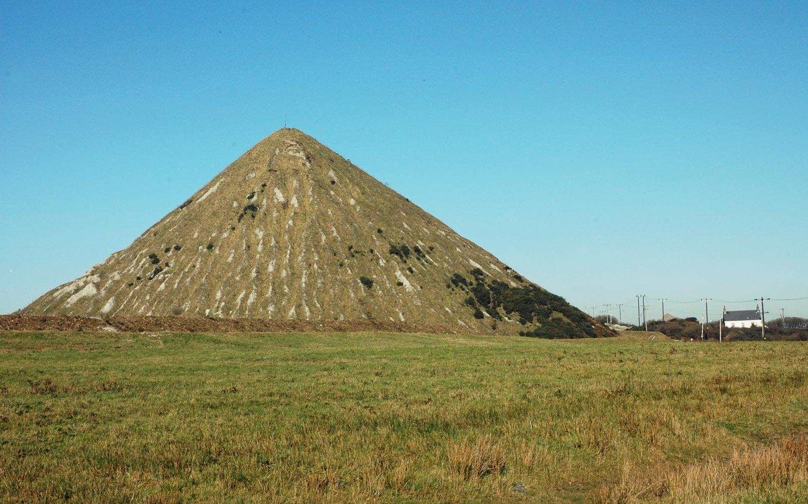 cornish pyramid cornwall guide