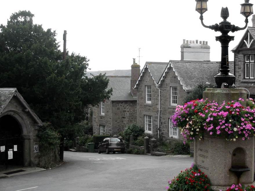 Gulval Churchtown