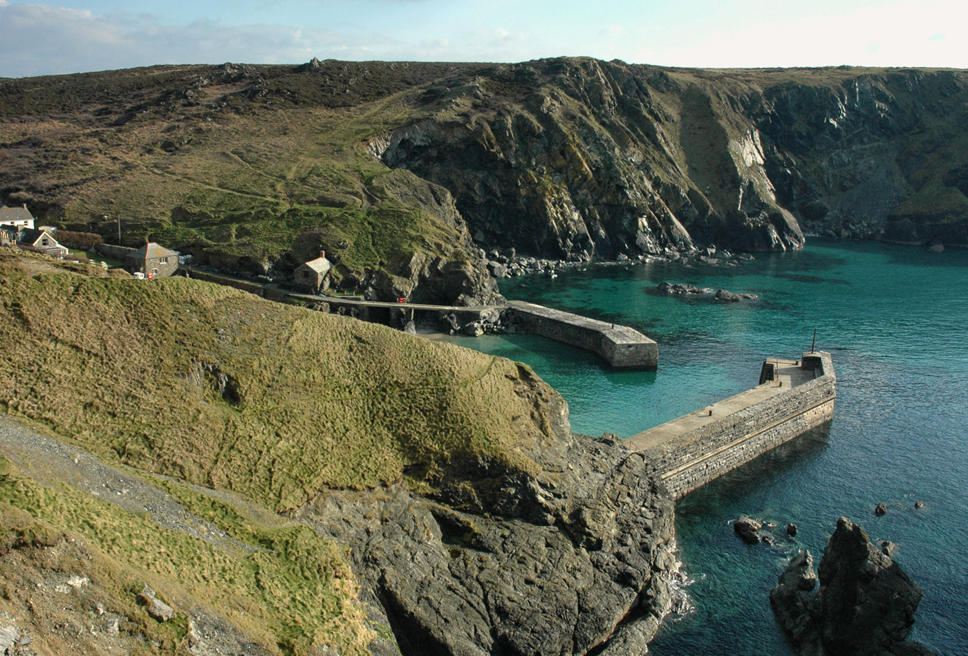Mullion Harbour and Cliffs