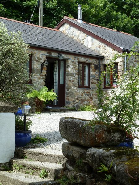 The Snug at Cornish Barn Holidays