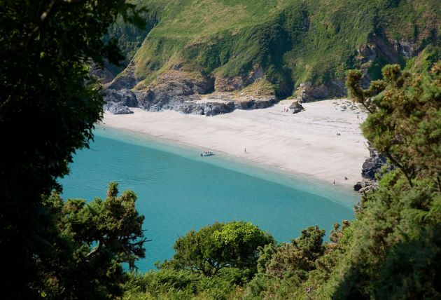 Lantic Bay glimpse