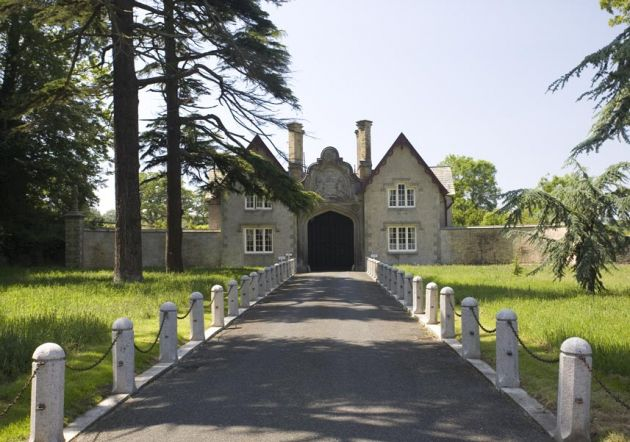 Tregothnan Gatehouse - Tresillian