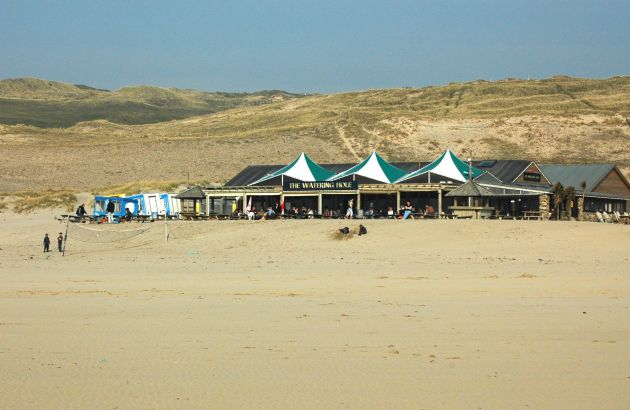 Watering Hole Beach Bar - Perranporth