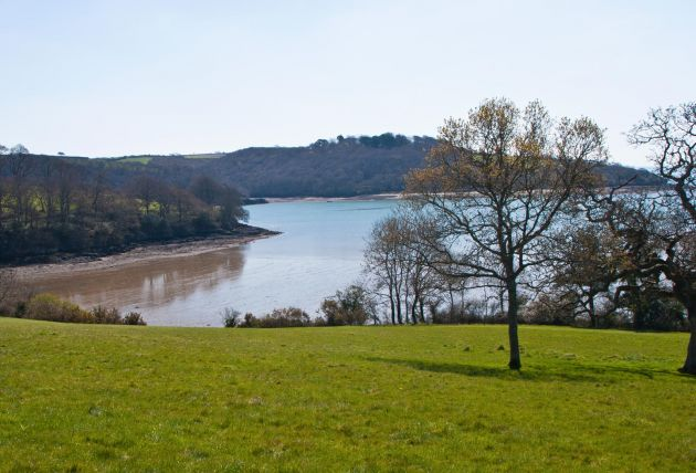 Turnaware Point - River Fal