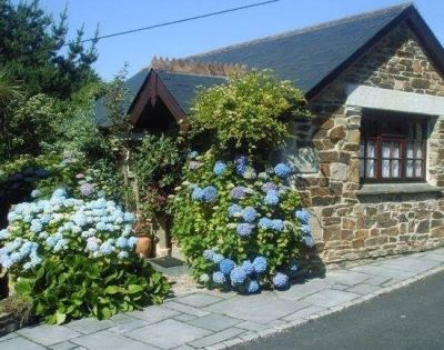 4* Newquay Farm Holiday Cottages Porth