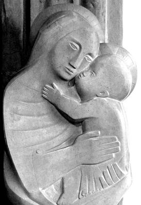 Barbara Hepworth - Madonna and Child