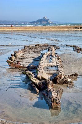 Uncovered ship wreck - Mount's Bay