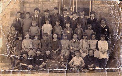 Warleggan School Photo - 1927