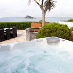 Chy Morvah East, Marazion, Cornwall. You Chill Holidays
