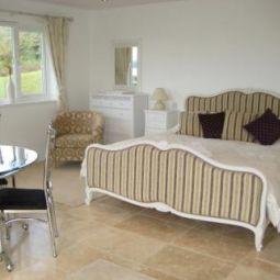 Denham House Bed & Breakfast