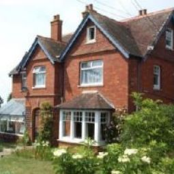 Northshorebude Backpackers Hotel