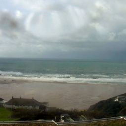 Mawgan Porth beach webcam