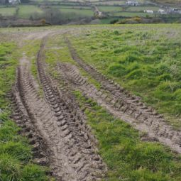 Tyre tracks towards Carn Brea