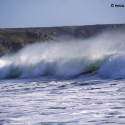 Wave breaking, Kennack Sands