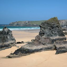 Bedruthan Steps - Closer