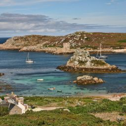 Bryher to Tresco - Cromwell's Castle view