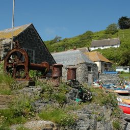Rusty Old Winch - Cadgwith