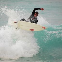 Fins Out Frontside