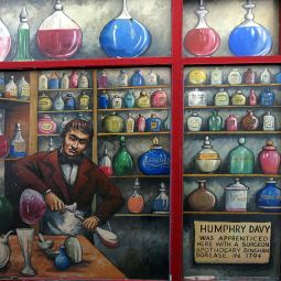 Humphry Davy - Apprentice surgeon apothocary