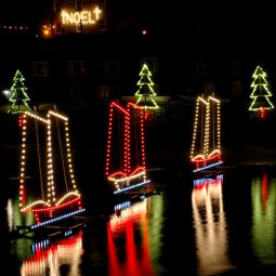 3 Ships Christmas Lights - Mousehole