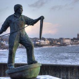 Newlyn fisherman statue