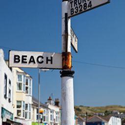 Perranporth signpost