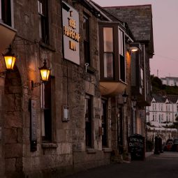 Harbour Inn - Porthleven