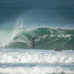 Dropknee Barrel - Porthtowan