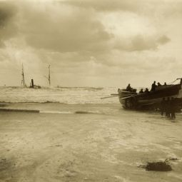 Escurial Shipwreck - Portreath - 1895
