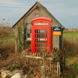 Prime Cornish Real Estate!