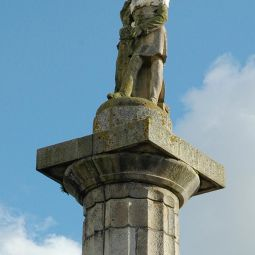 Richard Lander Monument - Truro