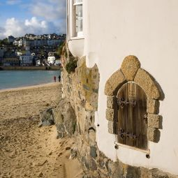 The Quay House and St Ives Harbour Beach