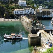 Leaving harbour - Polperro