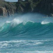Porthcurno Wave