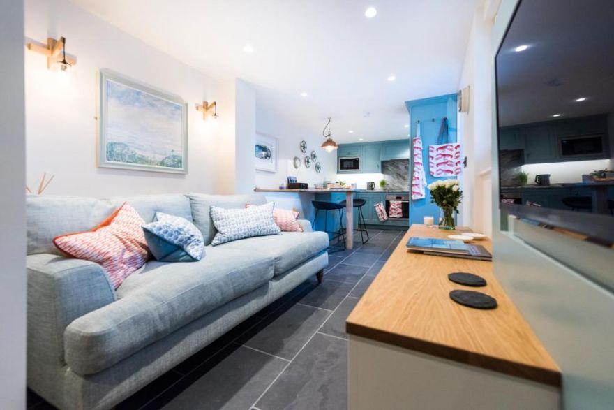 Juliot 5 Star Gold Award Luxury Cottage