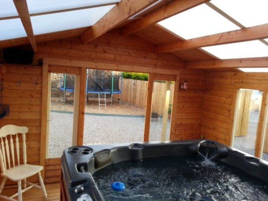 Burnewhall House Caravan (Lodge) and Hot tub