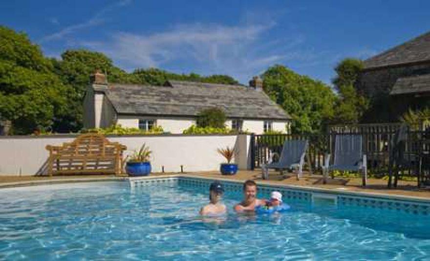 Hilton Farmhouse & Holiday Cottages