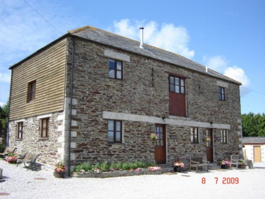 Lower Penhallow Farm Cottages