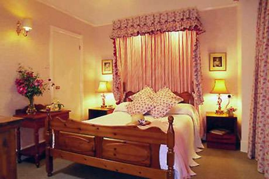 Rosemullion Hotel