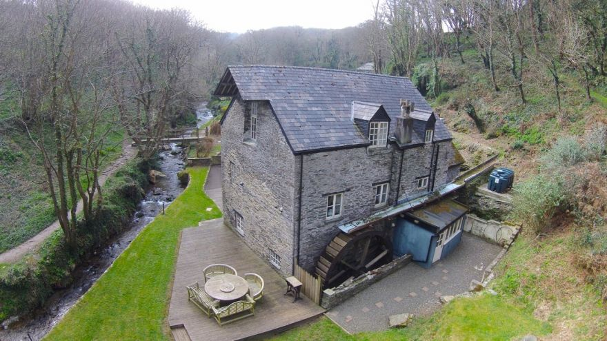 Trevillett Mill and cottages