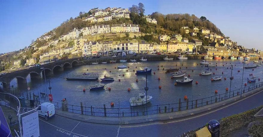 Looe River webcam
