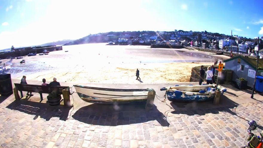 Saint Ives Harbour Beach webcam