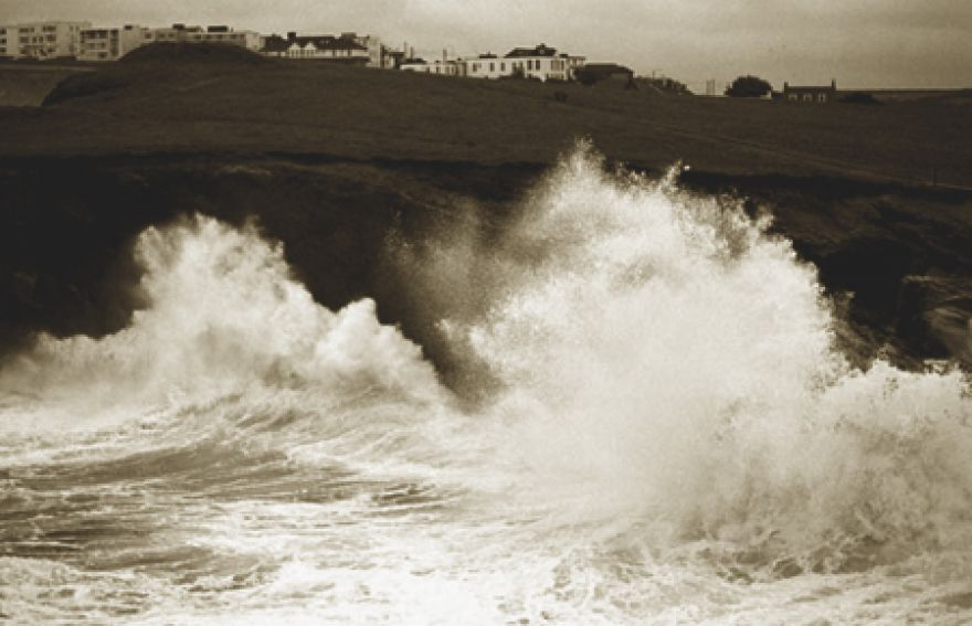 Winter swell - big wave at Whipsiderry
