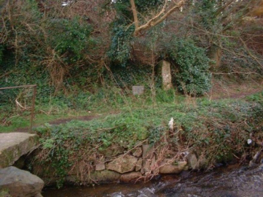 Bleu Bridge stone