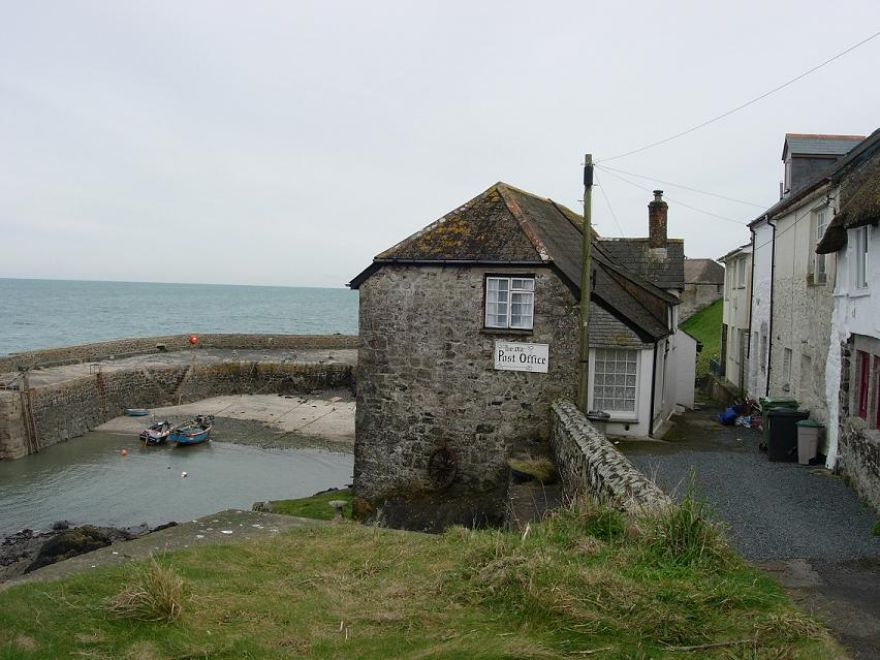 Old Post Office Coverack