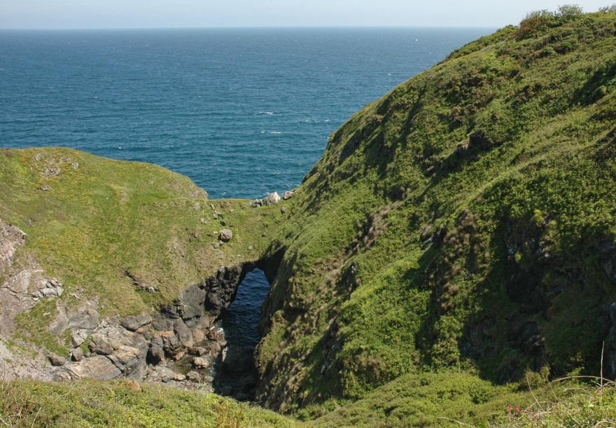 The Devils Frying Pan - Cadgwith