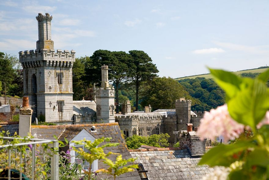 Fowey rooftops and Place House