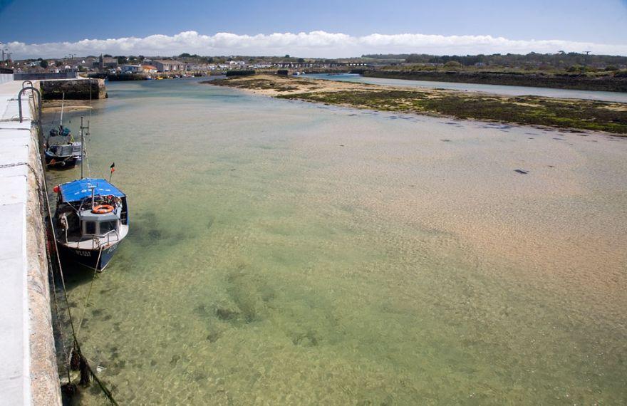 Hayle Harbour towards low tide